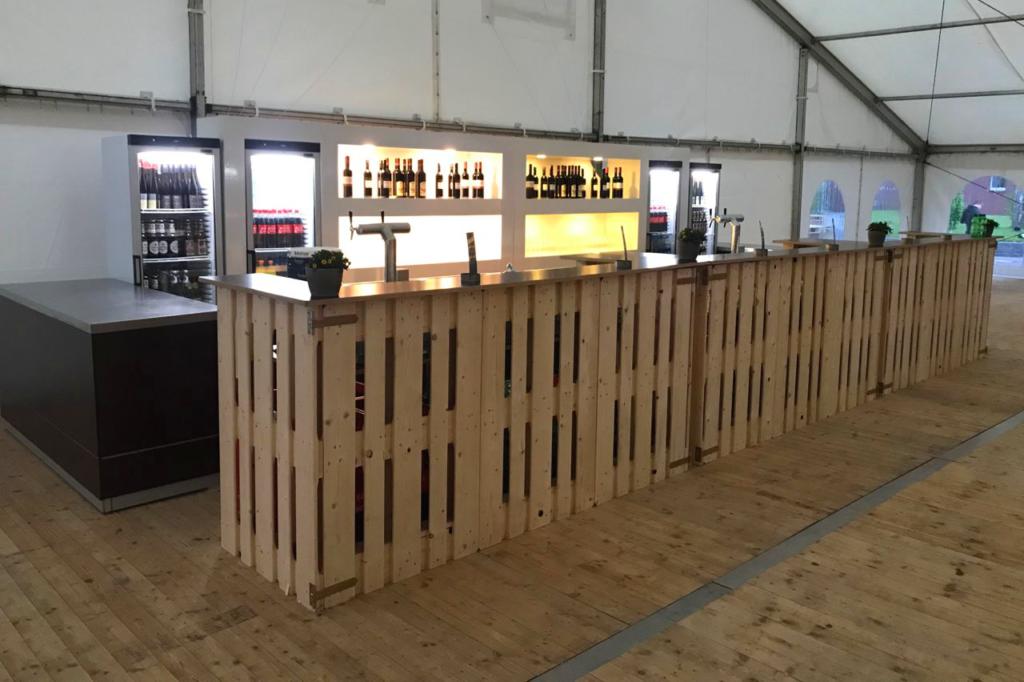 Palettenmobel bar home design inspiration und m bel ideen for Bar aus europaletten