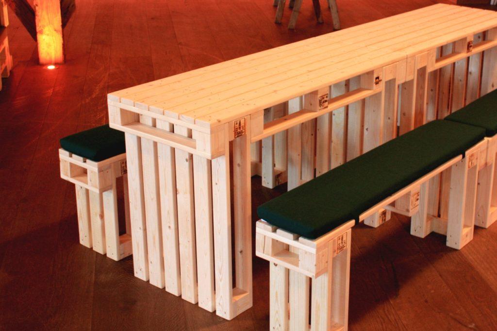 palettenm bel mieten ganz einfach bei. Black Bedroom Furniture Sets. Home Design Ideas