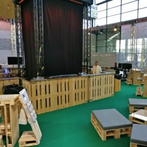 Bars & Tresen aus Paletten mieten - 2 - Palettenmöbel mieten bei SuperSack