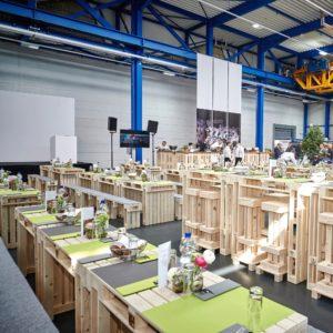 Deko & Pflanzen mieten - Palettenmöbel mieten bei SuperSack