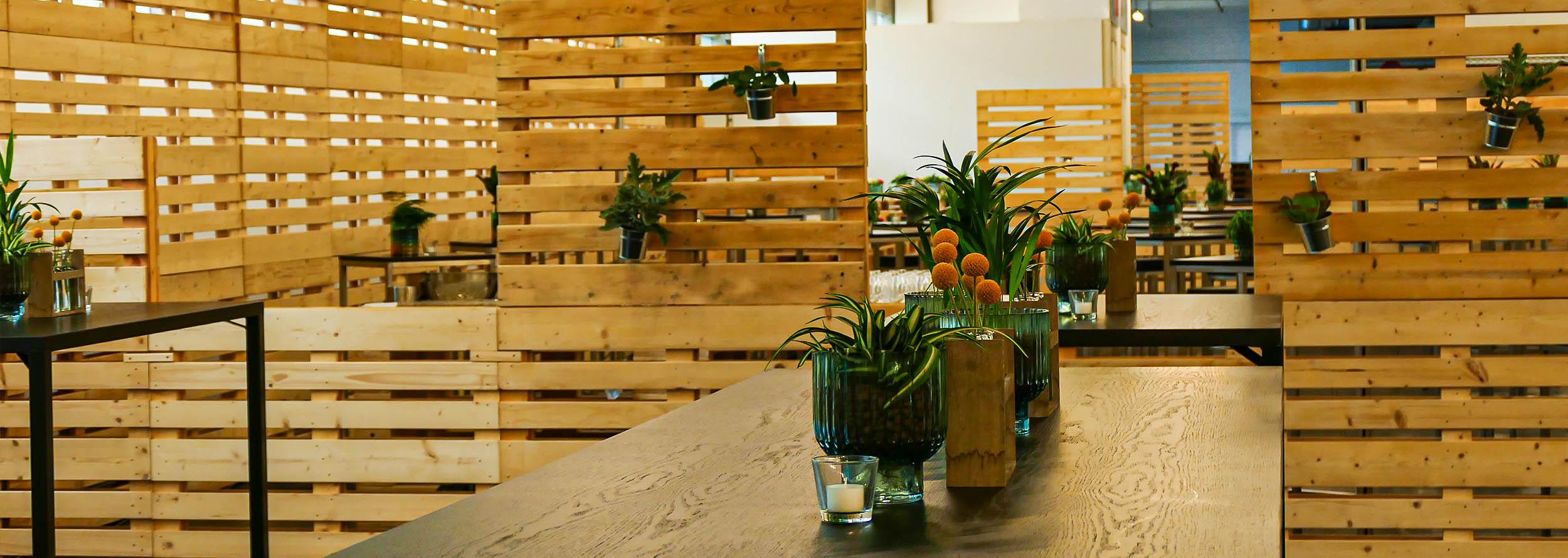 Palettenmöbel für Gastrobereiche für VIP-Bereiche