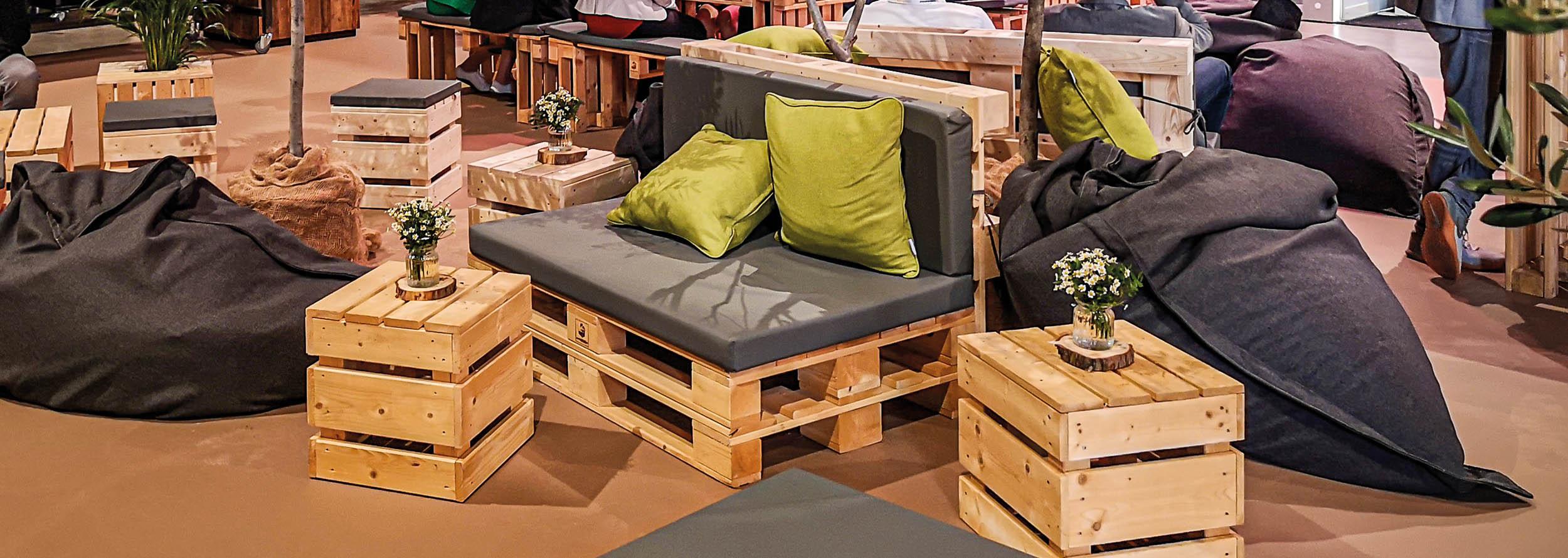 Palettenmöbel für Loungebereiche für Workshops