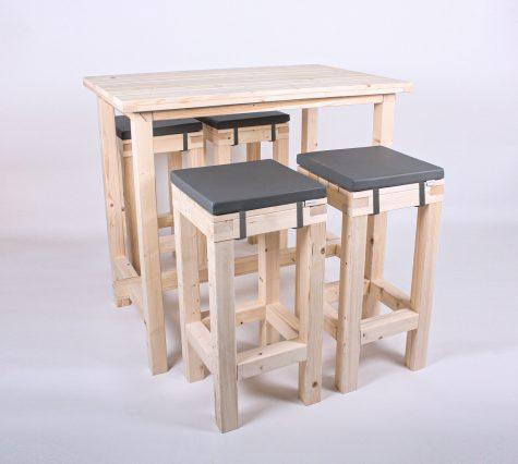Paletten-Stehtischgarnitur Barstühle 4 PAX von SUPERSACK